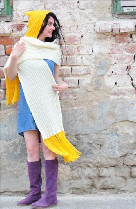 200 LEI / $48 | Esarfe, Fulare handmade | Cumpara online cu livrare nationala, din Bucuresti. Mai multe Accesorii in magazinul TheWoolTeller pe Breslo.