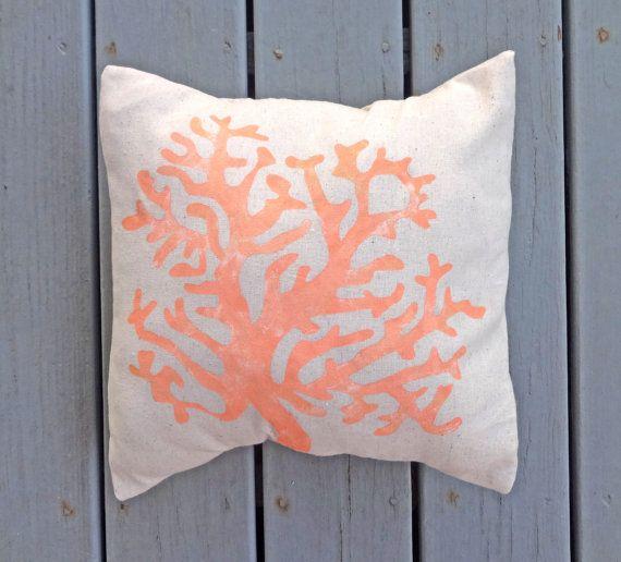 Coral cuscino copertina, dipinta a mano cuscino corallo, corallo, mare arredamento, arredamento costiera, mare arredamento, cuscino di casa di spiaggia, cuscino corallo oro,
