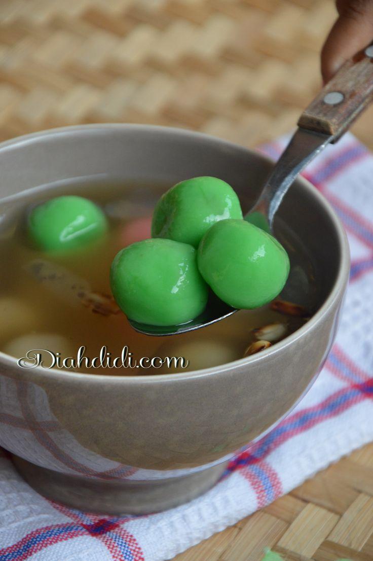 Diah Didi's Kitchen: Hangatnya Semangkuk Wedang Ronde..Tersaji Fresh dari Dapur Sendiri..^^