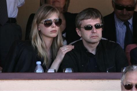 Quatre milliards pour l'ex-femme du milliardaire russe Dmitry Rybolovlev. - soirmag.be