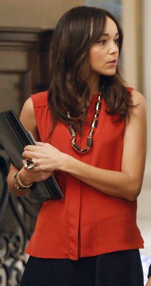Ashley's orange sleeveless blouse and chunky black necklace on Revenge.  Outfit Details: http://wornontv.net/13408/ #Revenge #ABC