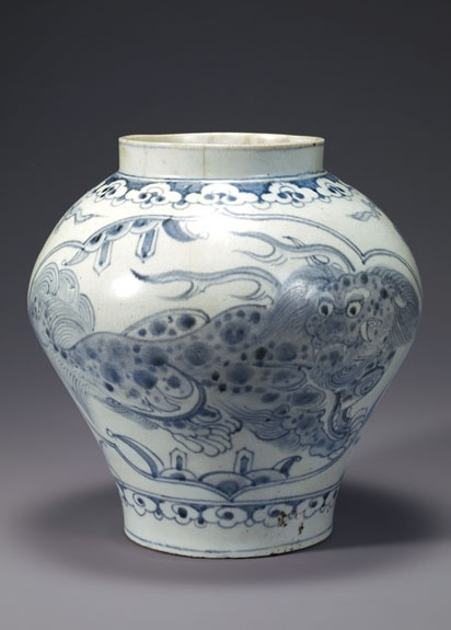 [Joseon Dynasty, 19th Century] Blue and White Porcelain Jar Korean Porcelain , Art , Jade , Glass,  Wood and Antiques : More At FOSTERGINGER @ Pinterest