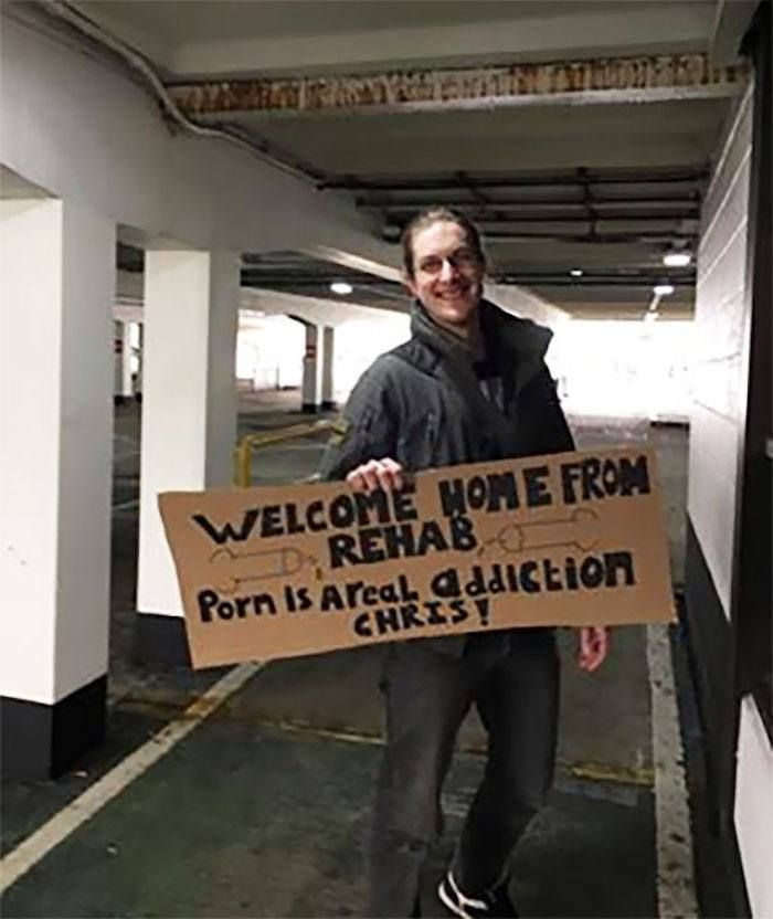 48 Funny Airport Signs That Went Above And Beyond Welcome Back Funny Welcome Home Signs Funny Airport Signs Welcome Home Signs