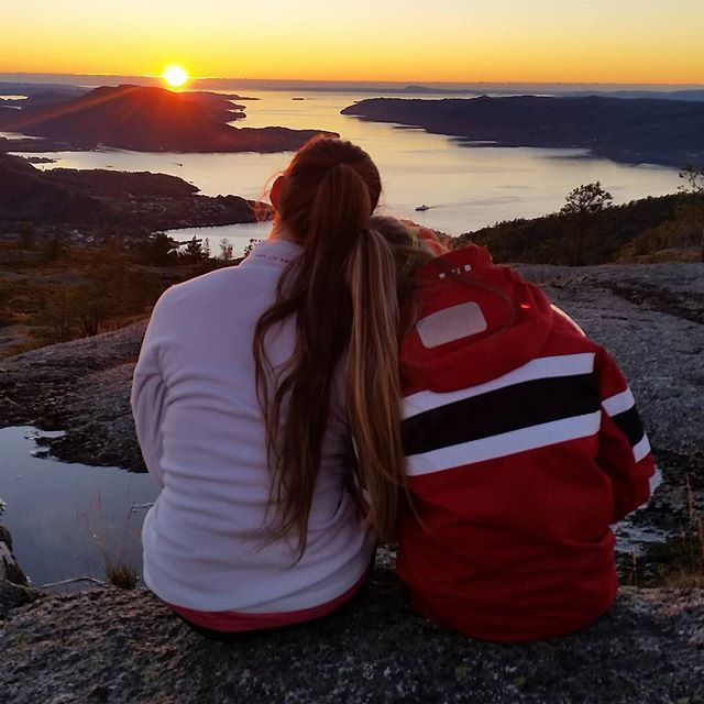 Two girls having a cozy time watching the view in #regionstavanger  @hjemlandspa thank you for the beautiful picture!  #Norway #visitnorway