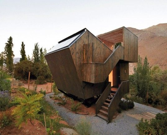 Elqui Domo, a tiny hotel retreat situated in Chile's Valle Del Elqui, is hemmed in by the massive Andes Mountains, making it perfect for nature lovers and star viewing.     Elqui Domos Hotel: A Star-Gazer's Paradise Tucked Among The Chilean Mountains | Inhabitat - Sustainable Design Innovation, Eco Architecture, Green Building