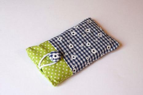 Handytasche Handyhülle Iphonetasche Etui    Diese Handytasche eignet sich für das Iphone 4,5, Galaxy S1, S2, S3 Mini, HTC Desire und viele weitere ...