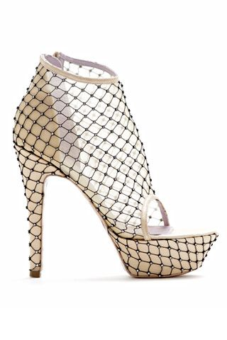 Viktor & Rolf Shoes Spring/Summer 2010. Crystal mesh platform sandal. Nude, classy, with the certain something.