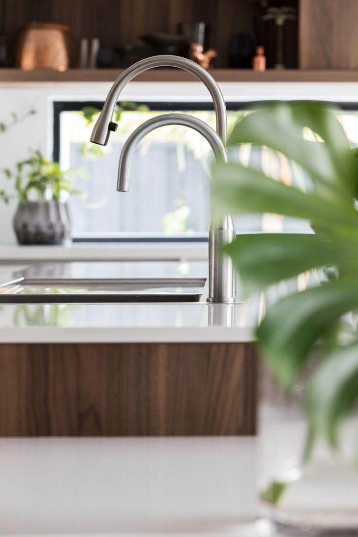 Shenton Park Kitchen by Retreat Design. Click here for the full portfolio of images. #kitchen #design #kitchendesign #walnut #polishedconcrete #openplan #arrital #interiordesign #renovation
