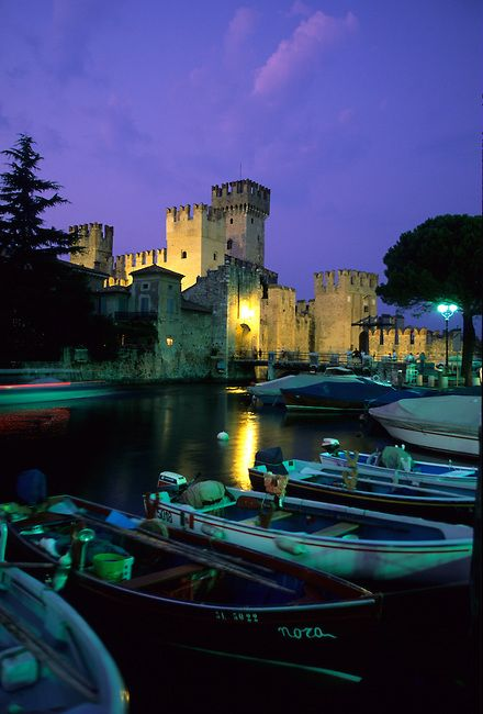 ITALY Lake Garda, Sirmione 0233b p2.jpg | Skyum World Travel Images