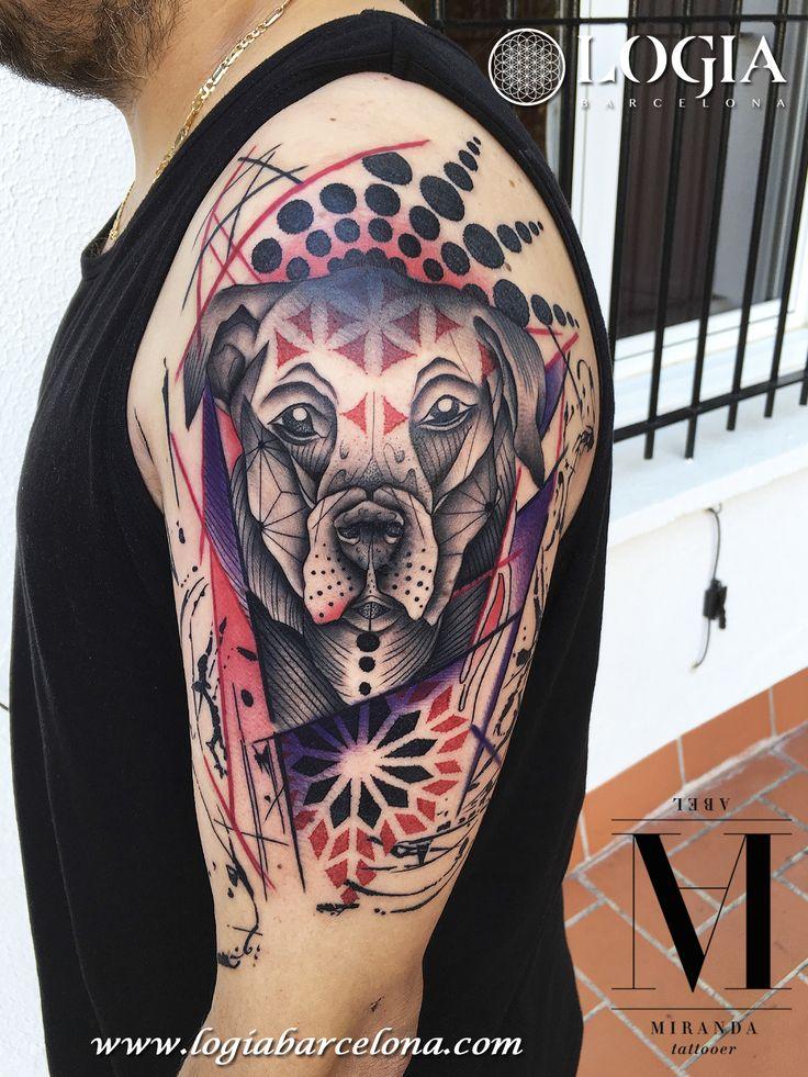 Φ Artist ABEL MIRANDA Φ  Info & Citas: (+34) 93 2506168 - Email: Info@logiabarcelona.com www.logiabarcelona.com #logiabarcelona #logiatattoo #tatuajes #tattoo #tattooink #tattoolife #tattoospain #tattooworld #tattoobarcelona #tattooistartmag #tattoosenbarcelona #tattooisartmagazine #tattoos_of_instagram #ink #arttattoo #artisttattoo #inked #instattoo #inktattoo #tatuagem #tattoocolor #hombro #perro #dog #tattooculturemagazine #tattooartwork #geometria #geometric #rottweiler