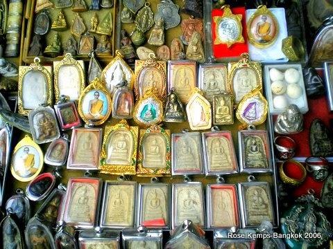 Amulet Market next to Wat Mahathat Bangkok rsk  Streets of Bangkok  Pintere...