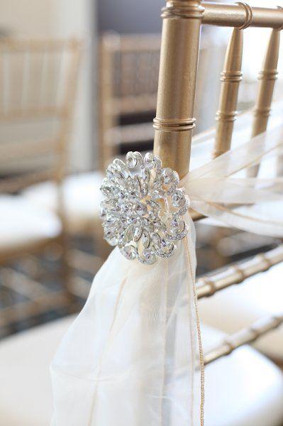Aisle marker decor ideas snowflakes wedding and aisle for Aisle decoration ideas