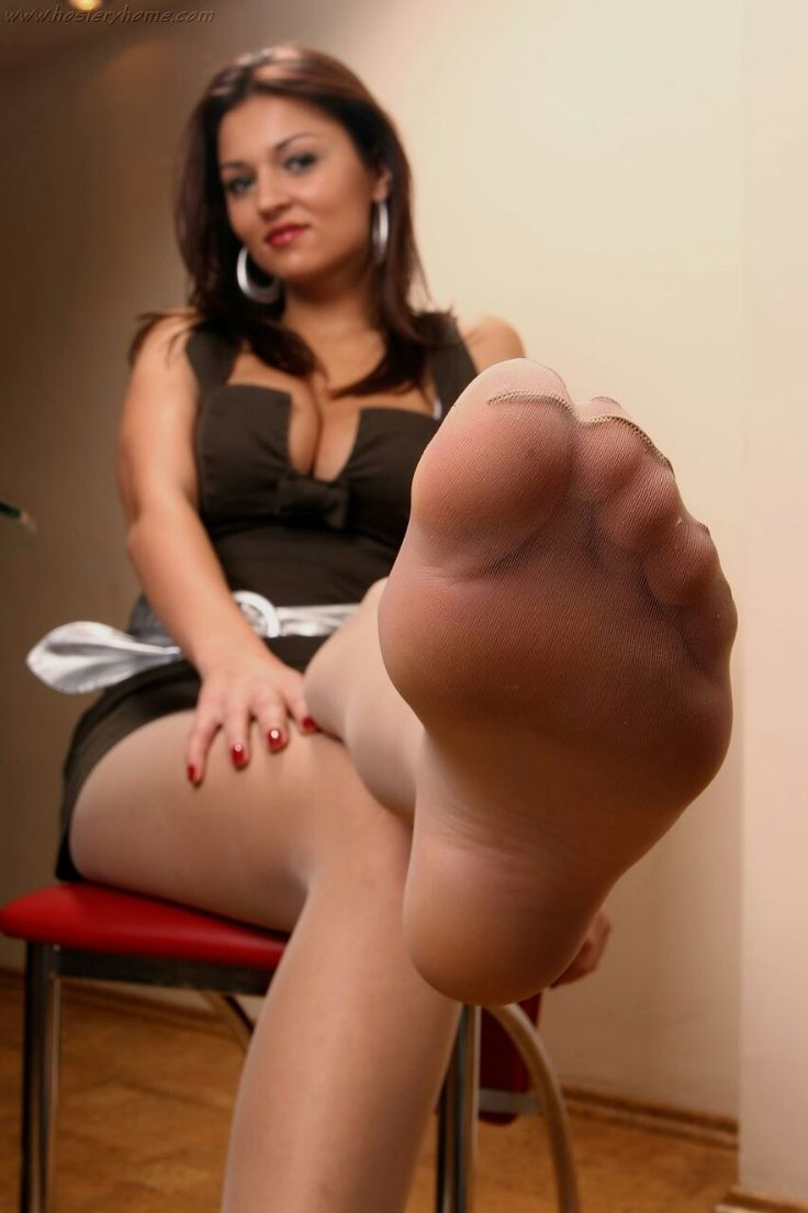 Polish girl smelly nylon feet worship 2