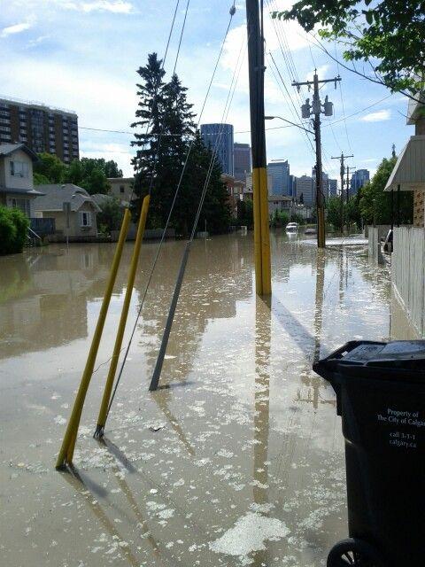 Calgary flood 2013, back alley in Bridgeland