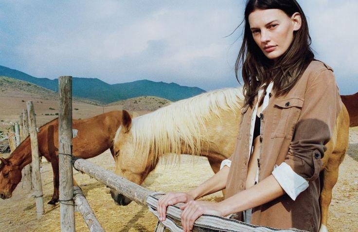 www.pegasebuzz.com | Amanda Murphy by Quentin de Briey for Vogue UK, may 2016.