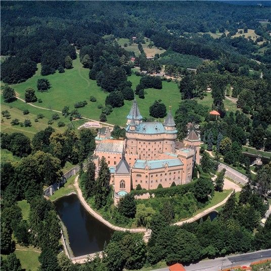 """The """"fairy-tale"""" Bojnický zámok Castle, one of the most visited and most beautiful castles not only in Slovakia"""