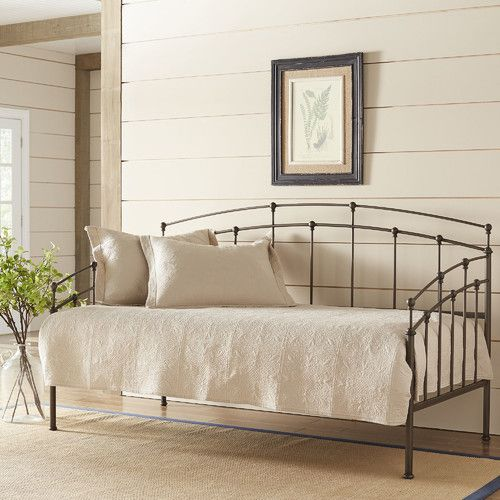 Off white shiplap with trim/color, style of daybed and single stem greenery - Best 25+ Black Daybed Ideas On Pinterest Terraces, Darkness