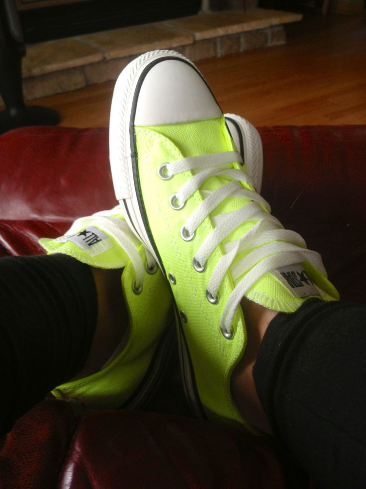 Neon green converse shoes!!!!!!!!!!!!! I want!!!!!!!!!