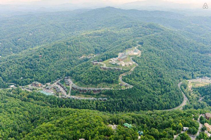 Gatlinburg Resort Condo 1 bedroom - vacation rental in Gatlinburg, Tennessee. View more: #GatlinburgTennesseeVacationRentals