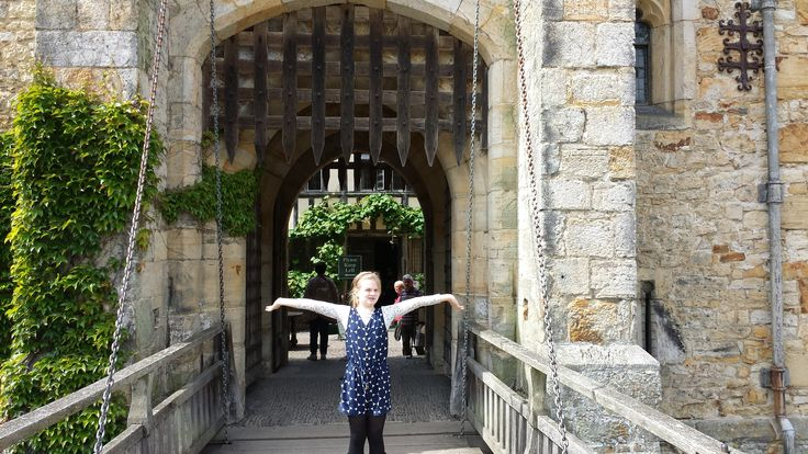 Caitlin pose at Hever