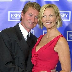 Wayne Gretzky with his wife Janet Jones