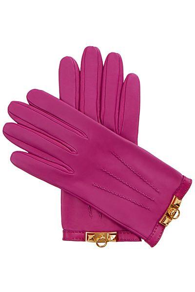 Hermes pink leather gloves.