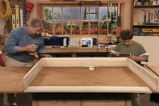 Instrucciones para hacer cajones bajo-cama     http://www.ronhazelton.com/projects/how_to_build_an_under_bed_storage_box_that_rolls