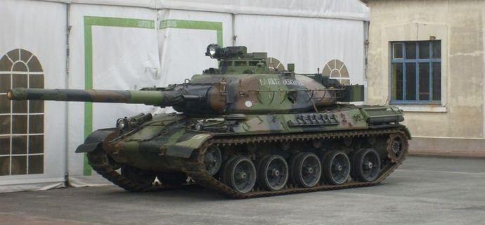 - AMX 30