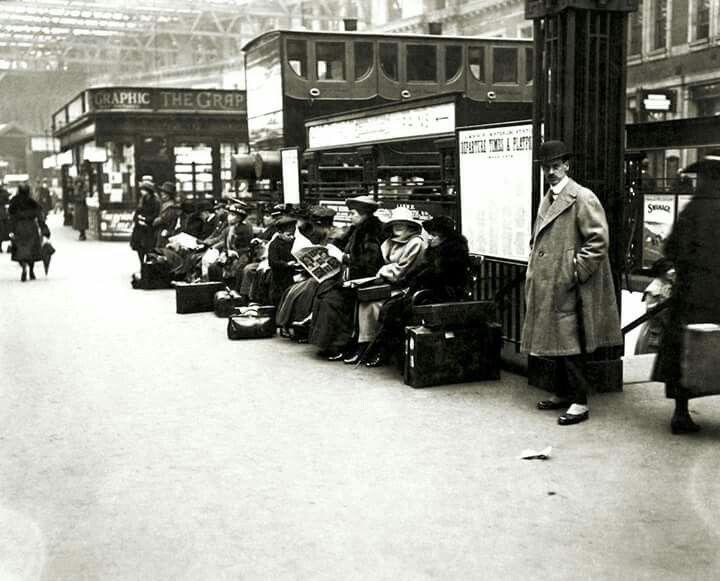 Waterloo Station 1921