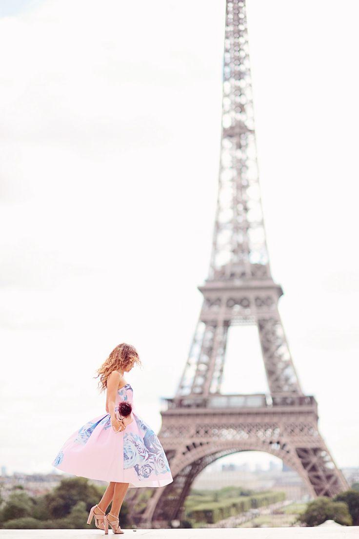 Paris Wallpaper For Bedroom 17 Best Ideas About Paris Wallpaper On Pinterest Paris Wallpaper