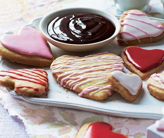 Készíts szív alakú kekszeket anyák napjára!
