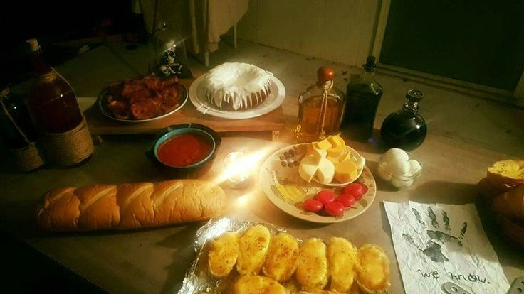 Credit Caitlin Cobb from Skyrim Junkies on Facebook: Update of my skyrim birthday party. Skyrim themed foods, potion bottles and decorations. Was the best birthday ever.