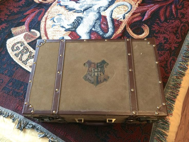 Diy Harry Potter Trunk For The Bedroom