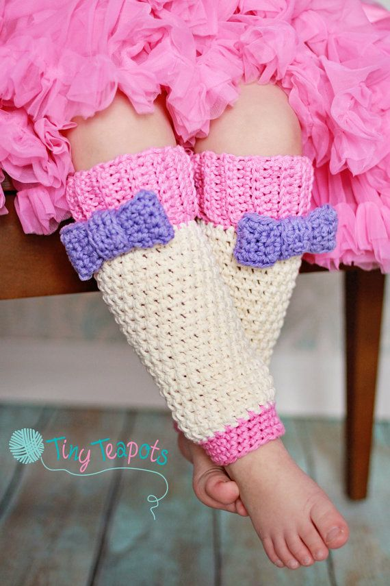 Girls Leg Warmers Crochet Bow Legwarmers Baby Photo by TinyTeapots, $26.00