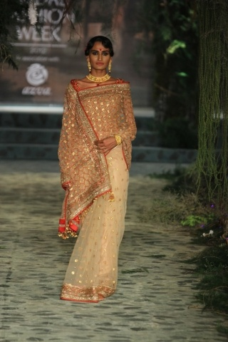 Tarun Tahiliani India Bridal Fashion Week 2012