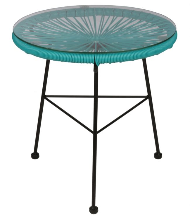 Lovely table for inside and outside use. http://www.landromantikk.no/mobler/bord-stoler/mamasita-bord.html