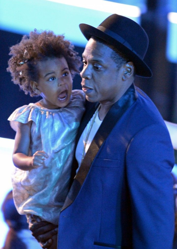 blue ivy carter 2014 | Blue Ivy Carter and Jay-Z appear on stage at the 2014 MTV Video Music ...