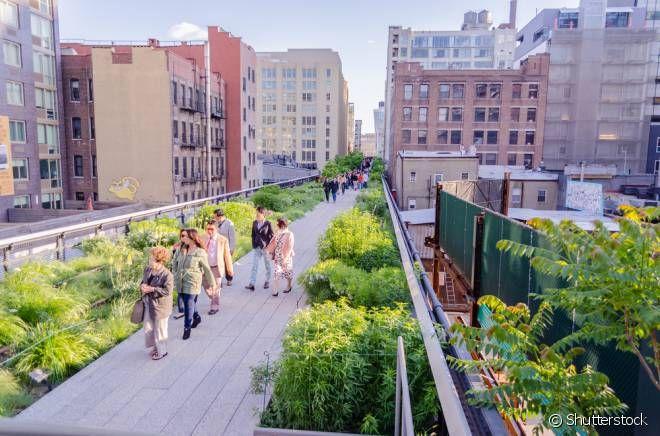 Evite visitar o High Line nos finais de semana. Durante esses dias ele fica muito cheio e acaba sendo difícil para você explorar cada cantinho dele!