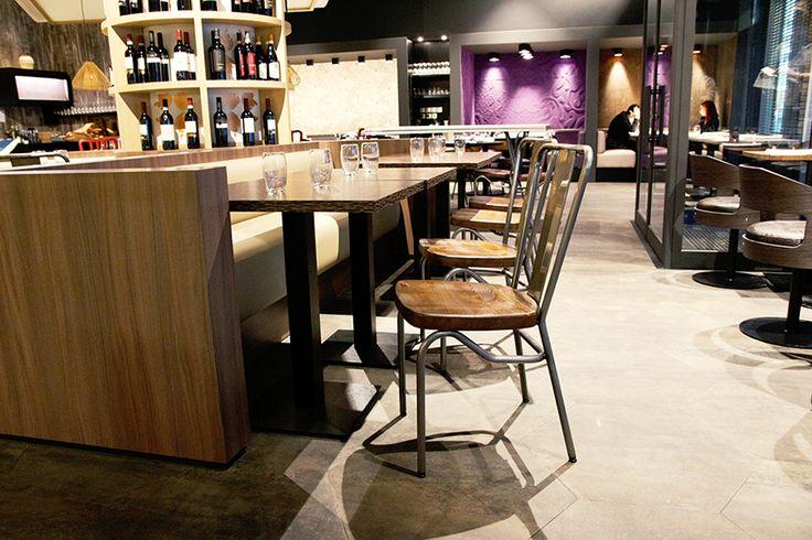"Chaise ""Sanks"" restaurant ""Mezzo"" - Boulogne-Billancourt"
