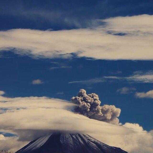 Nubes y humo