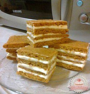KARAMELL SZELET RECEPT •sütinek a tésztája karamellás, a főzött vaníliás krém pedig isteni puhává teszi azt...... - MindenegybenBlog
