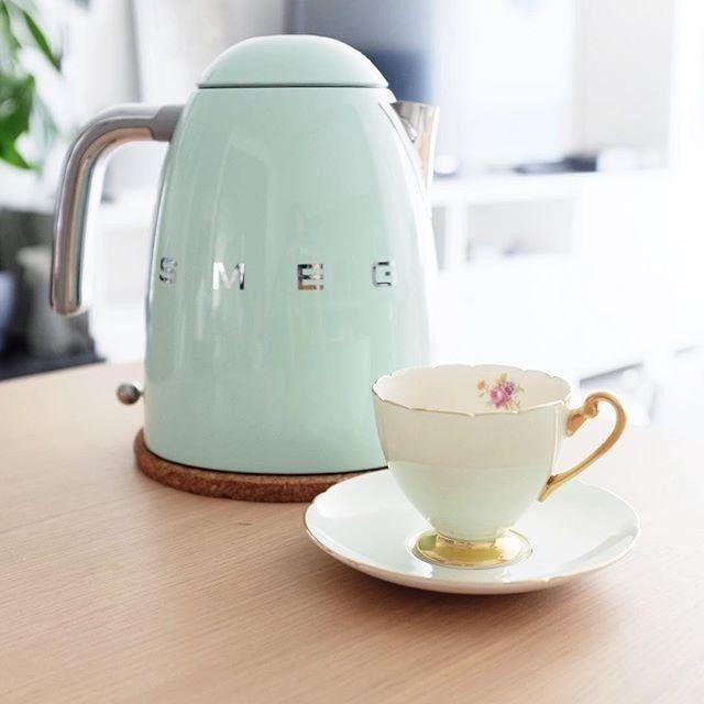 pastel green kettle smeg 50u0027s style bollitore verde pastello smeg50style