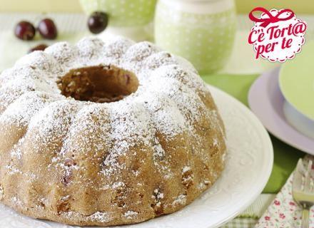 Ciambella con #ciliegie: un dolce classico dai mille gusti.   Clicca e scopri la #ricetta...