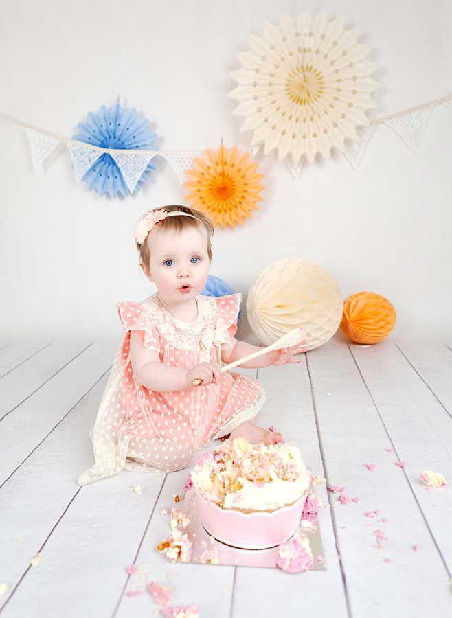 Cake smash girl peach and cream