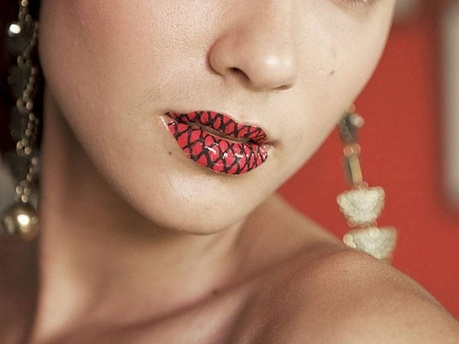Lip tattoos are awesome!: Lip Tattoos, Fish Nets, Awesome, Temporary Lips, Lips Tattoo, Makeup, Tattoo 3, Tattoo'S, Net Lips