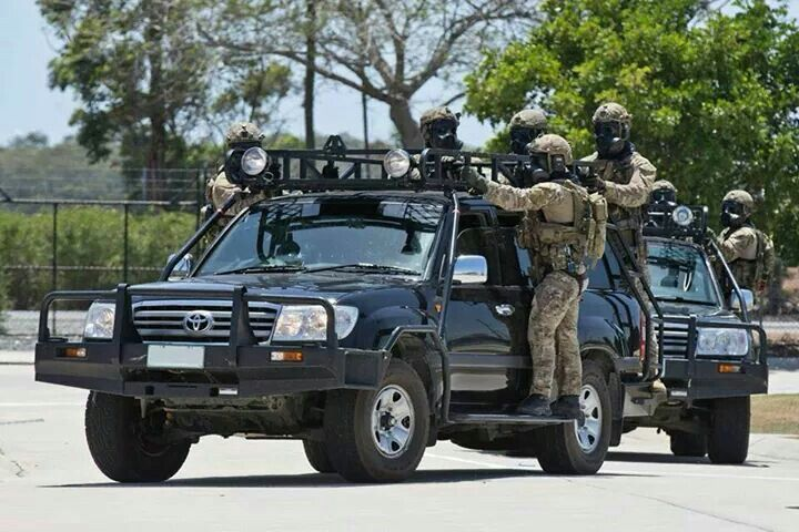 Msw Police Toyota Land Cruisers 100 Series Nice Choice