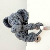 Tranca-Portas Crochê Elefante Zé