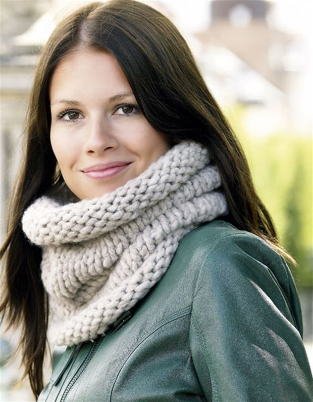 Et lunt tørklæde eller en lækker hætte - det strikkede rør kan det hele.