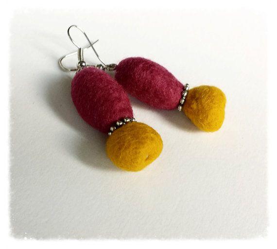 https://www.etsy.com/listing/200999799/color-block-felt-ball-earrings