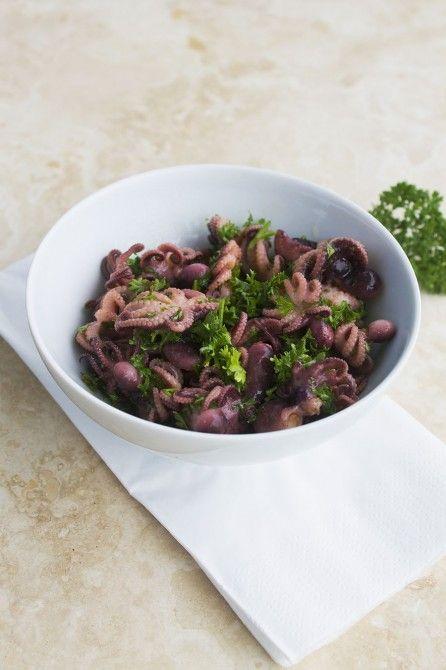 Marineret blækspruttesalat // baby squid salad